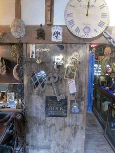 Faux Arts prop store